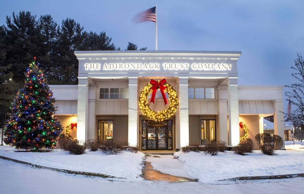 The Adirondack Trust Company Downtown Decorations
