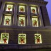 Small Outdoor Commercial wreath lit LED