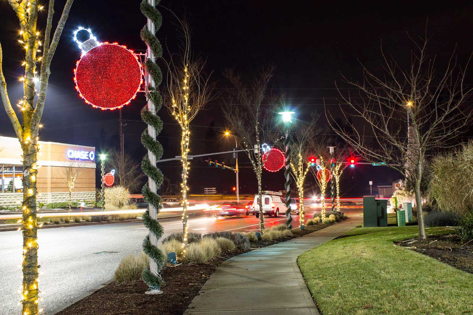 Commercial Christmas Decorations | Light Pole Banners